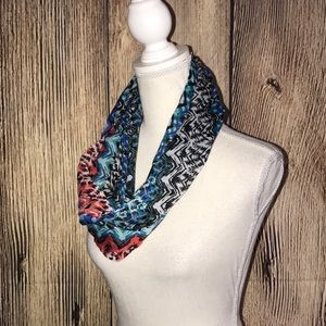 Accessories - INFINITY SCARF BLUE & RED